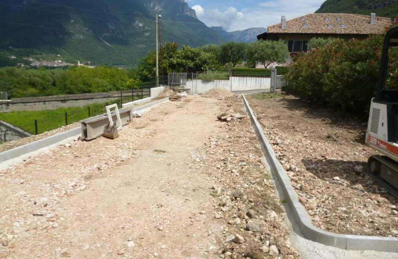 Demolizione e ricostruzione di un edificio a destinazione mista - Dolcè (Vr)